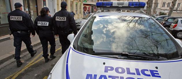 37501_une-delinquance-police