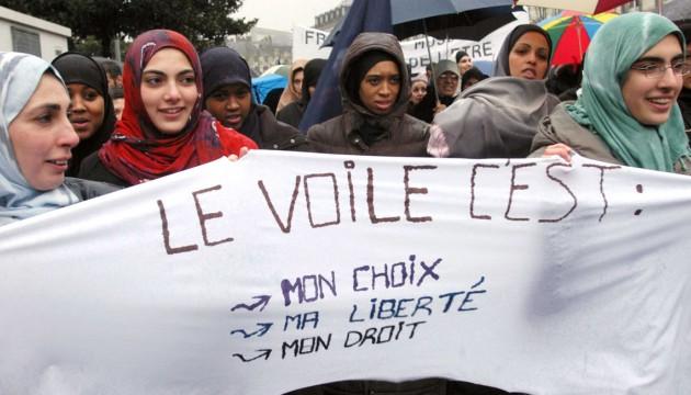 Iphilo l urgence de la tol rance du pluralisme - Loi interdisant le port du voile en france ...